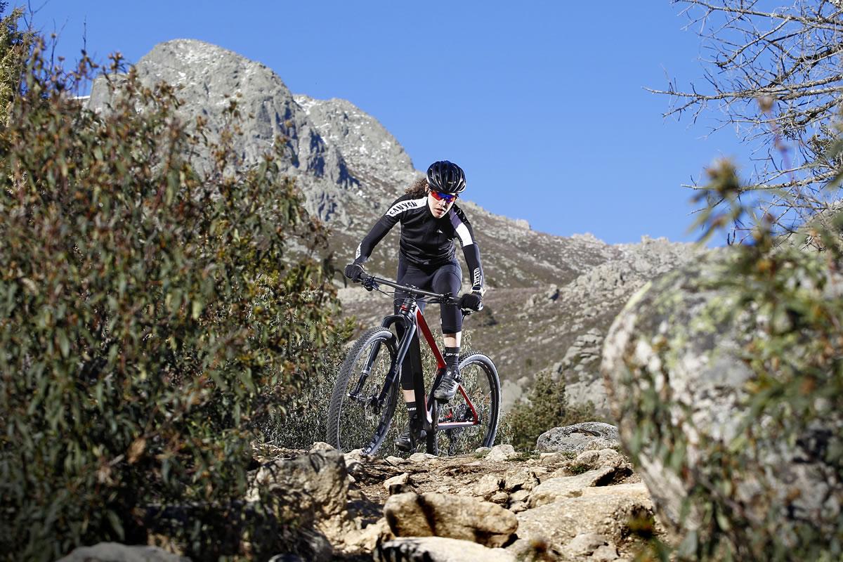 Probamos la Canyon Exceed CF SLX 9.9 Pro Race