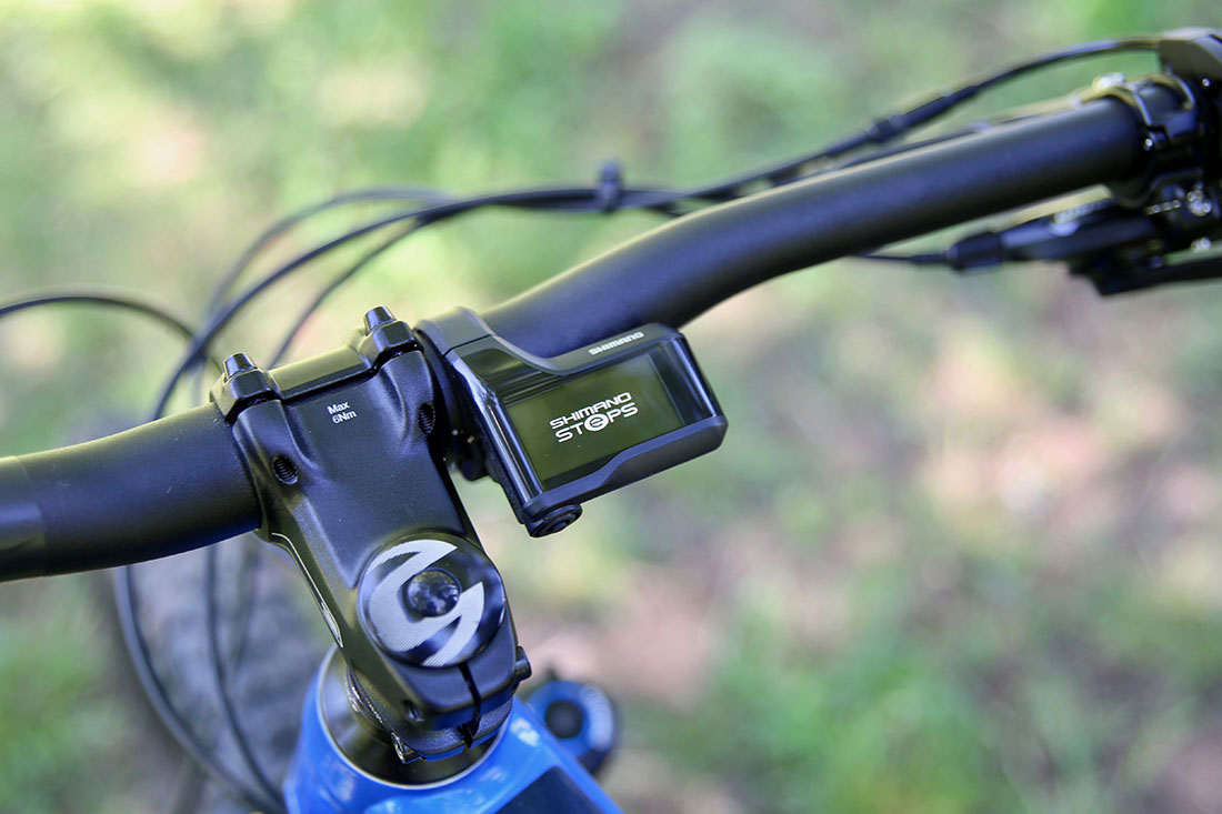 Display Shimano STEPS E8000 en la Cannondale Cujo Neo 130
