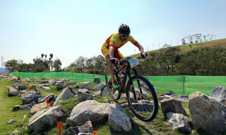 Carlos Coloma en el circuito olímpico de XCO de Río 2016