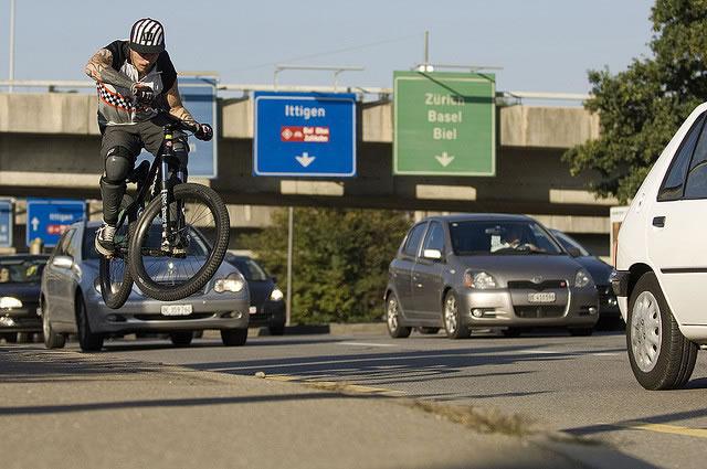 La DGT planea cambios para la bici y los ciclistas.