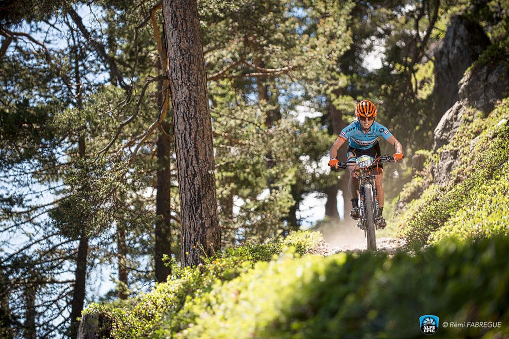 El camino du Roy fue uno de los pasos emblemáticos de la primera etapa de la Alps Epic 2016