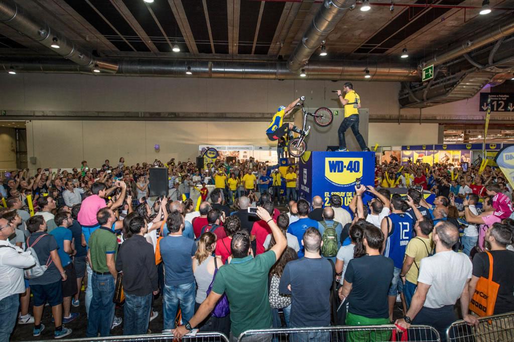 Dani Comas batiendo récord del mundo en UNIBIKE 2014