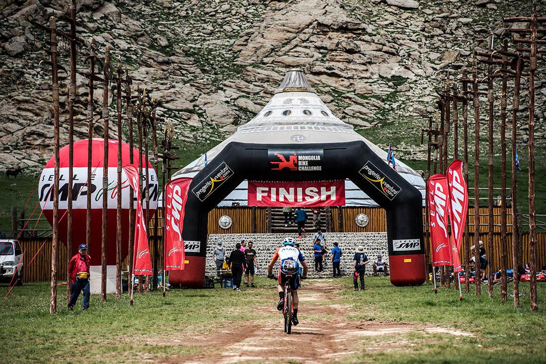 BH te lleva a la Mongolia Bike Challenge