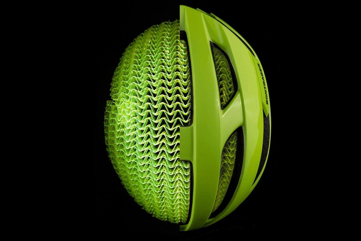 Estructura de fabricación de un casco Bontrager con tecnología Wavecel