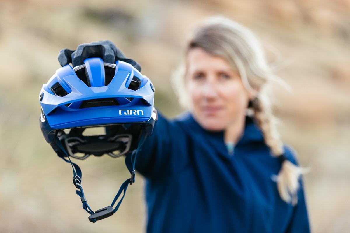 Giro Manifest, el nuevo casco de Trail con tecnologías Spherical y Mips