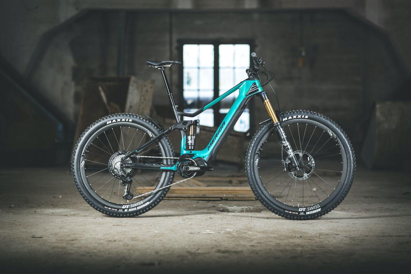 Merida eONE Sixty 2020: Batería integrada y cuadro de carbono en una e-bike completamente renovada
