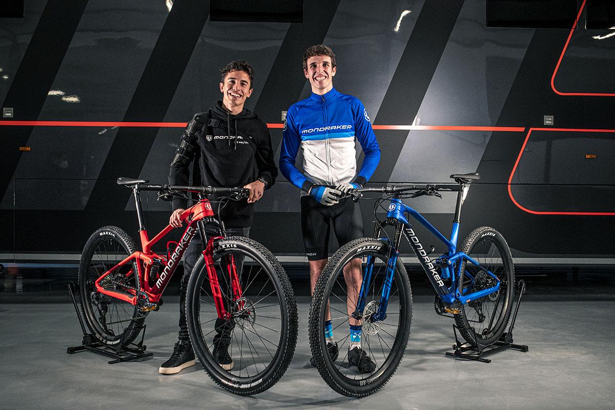 Marc y Alex Márquez con sus nuevas Mondraker F-Podium RR SL