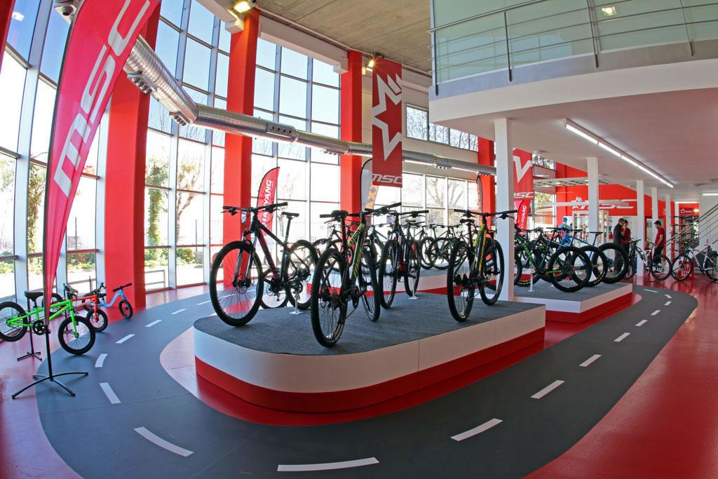 MSC Bikes Store, 920 m2 de MTB y mucho más