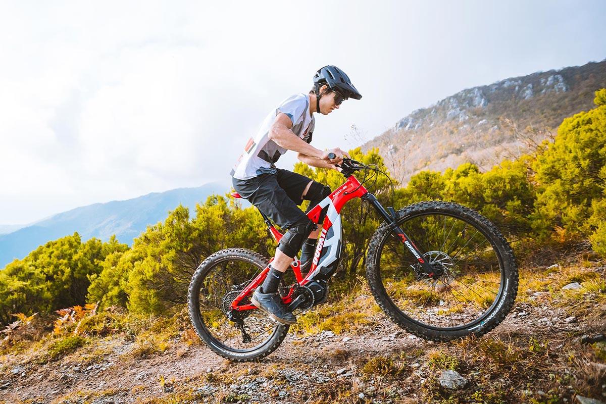 Ducati actualiza su línea de e-bikes para 2021 con el Shimano EP8
