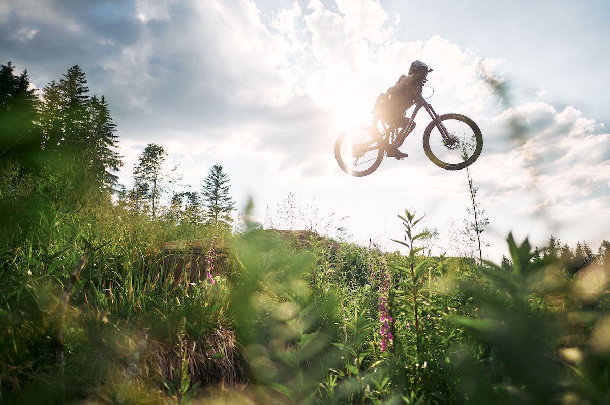 Descubre la nueva bicicleta GT Force Carbon 2022 de DH