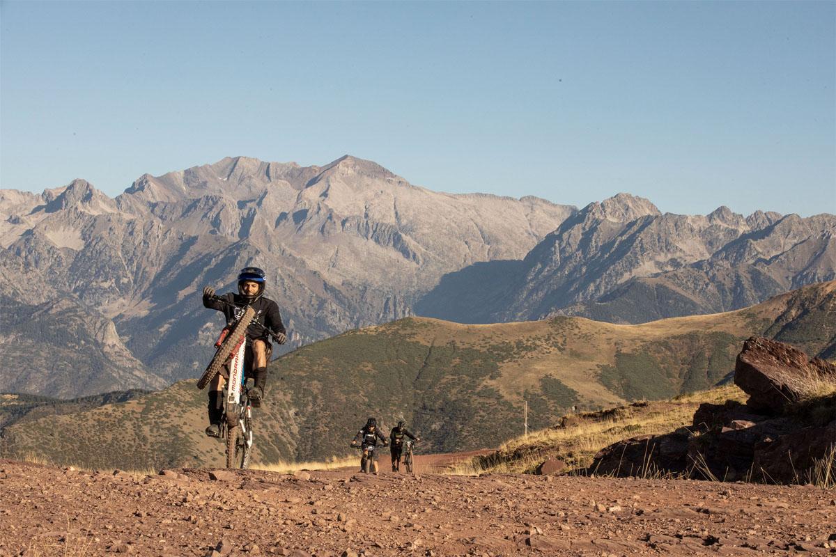 Llega la Puro Pirineo Enduro Race en Castejón de Sos