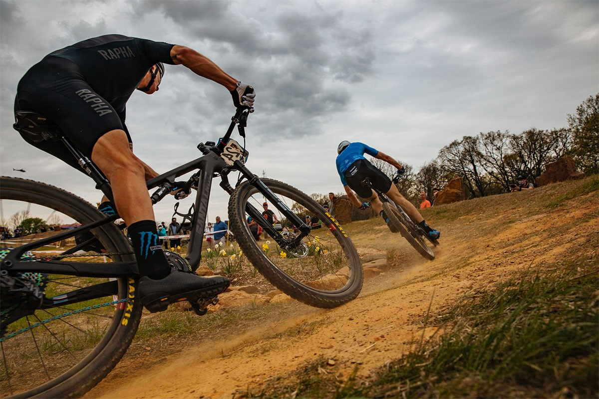 La Semana: FP de mecánico de bicicletas, Santa Cruz Blur, tija telescópica FOX Transfer SL, Liv Langma Disc 2022
