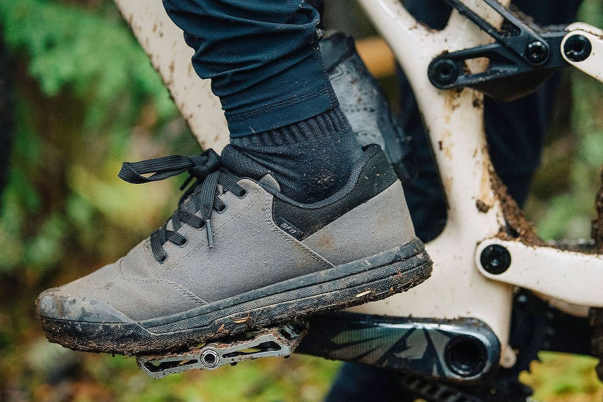 Specialized 2FO Roost Canvas