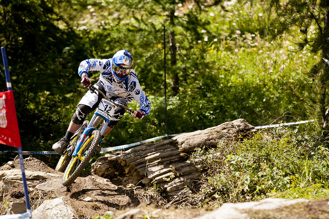 Brook MacDonald con Mondraker en 2012