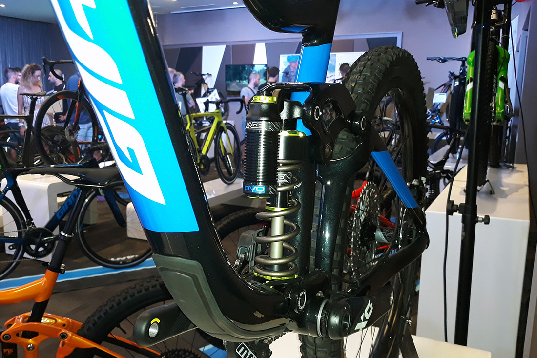 Novedades Giant 2019 con DVO Suspension