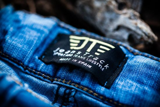 https://www.mtbpro.es/sites/default/files/jeanstrack_mtb_heras_fluor_jeans_1.jpeg