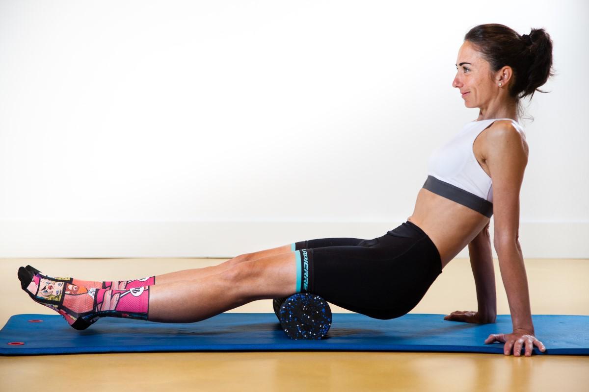 Entrenamiento y masajes con Foam Roller: Isquiotibiales