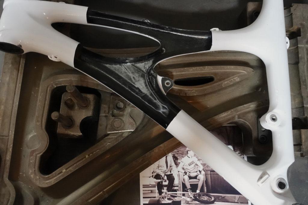 Materiales para cuadros: del cromoly al grafeno