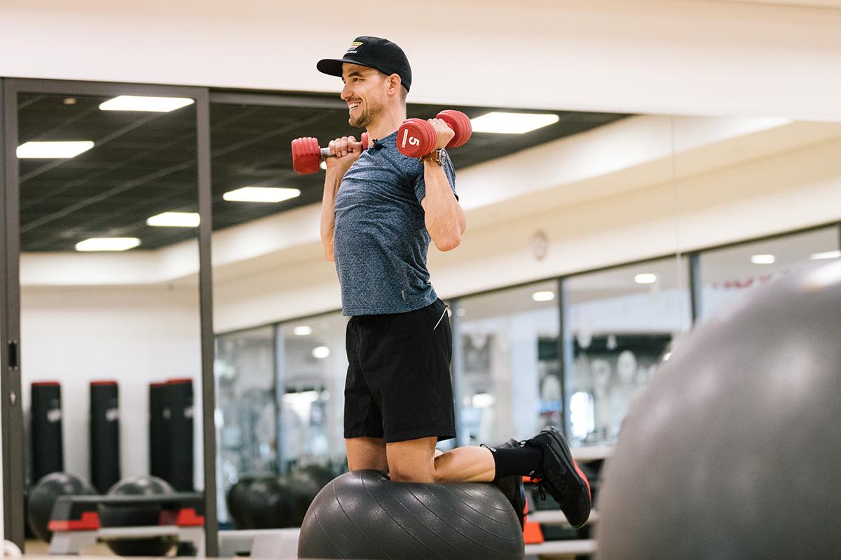 Por qué el gimnasio ayuda en la práctica de MTB