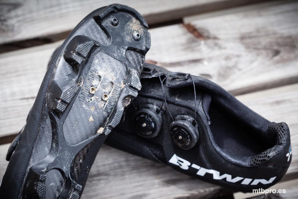 diferentemente chic clásico elige auténtico Test: Zapatillas B'twin BTT 900 Aerofit Carbono | MTB Pro